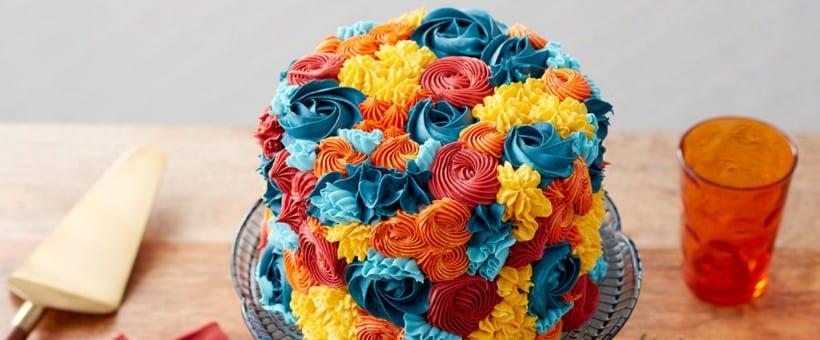 pasteles decorado con flores de otoño